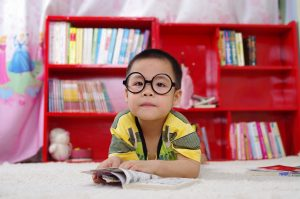 3 Ways Homeschooled Children Learn to Read young child reading #5SLL #5sensesLL #normalisoverrated #homeschool #homeschoolpreschool #neurodiversehomeschooling #adhdhomeschooling